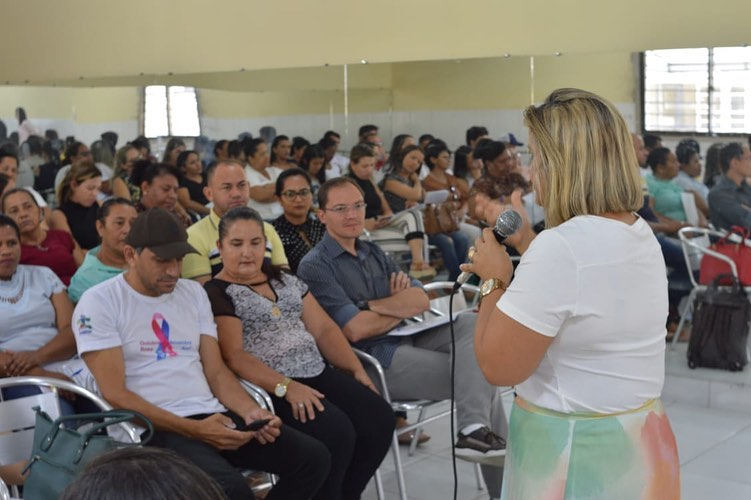 Secretaria de Saúde de Assunção realiza oficina de humanização com servidores